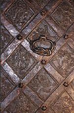 Gotyckie drzwi